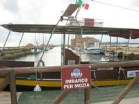 Saline Infersa - Mulino del Sale - imbardadero per l'Isola di Mozia - 7 novembre 2010  - Marsala (1110 clic)