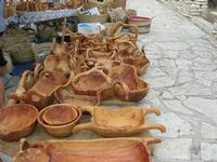 manufatti in legno d'olivo esposti al Belvedere - 25 luglio 2010  - Castellammare del golfo (1433 clic)