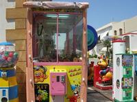 giochi e . . . riflessi in via Savoia - 23 luglio 2010  - San vito lo capo (1595 clic)
