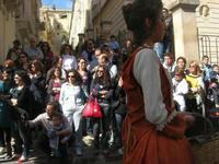 Infiorata 2010 - Corteo Barocco - 16 maggio 2010  - Noto (2851 clic)