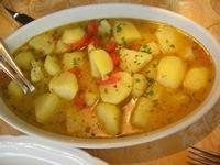 patate in umido con pomodoro pachino - La Cambusa - 12 febbraio 2011  - Castellammare del golfo (5239 clic)