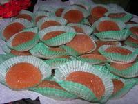 dolci tipici locali - Mercatini di Natale - 4 dicembre 2010  - Caltagirone (3691 clic)
