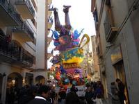 111ª edizione del Carnevale di Sciacca - sfilata corteo mascherato e dei gruppi dei carri allegorici - 6 marzo 2011  - Sciacca (1383 clic)
