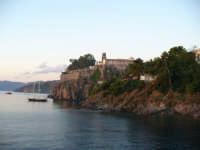 Il castello di Lipari all'alba  - Lipari (5729 clic)