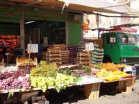 Frutta di stagione a Ballarò   - Palermo (3828 clic)