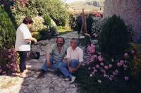 Giusto Sucato e Marcello Scorsone Questa foto è stata realizzata in occasione dell'estemporanea di pittura del 2.6.1996 al Casale Maniaci di Montelepre  - Montelepre (1889 clic)