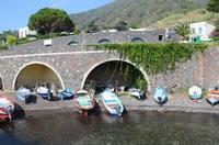 Il porticciolo di Santa Marina Salina (2270 clic)