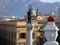 La statua dell'Immacolata a San Domenico  PALERMO Maria Calvaruso