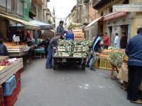 La strada 'a foglia, mercatino della città  - Caltanissetta (4418 clic)