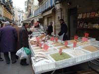 La strada 'a foglia, mercatino della città  - Caltanissetta (3831 clic)