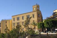 Il palazzo del Comune   - Butera (3950 clic)
