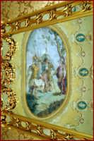 Il palazzo di città, particolare della Sala degli Specchi  - Noto (2002 clic)