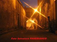 Arco antico  - Malvagna (4919 clic)
