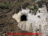 Antico acquedotto -  U Butiscu  - Malvagna (6684 clic)