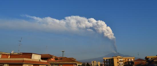 Eruzione stromboliana Etna 25-26/10/2013 - CATANIA - inserita il 29-Oct-13