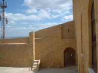 Interno castello Chiaramonte  - Naro (3955 clic)