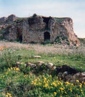 Catenanuova, antichi ruderi, c.da stazione.  - Catenanuova (3017 clic)