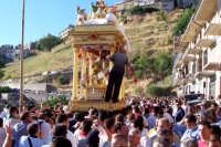 Capizzi (ME), 26 luglio 2007 Festa del Protettore San Giacomo Apostolo Maggiore - la processione per le vie esterne della città.  - Capizzi (3713 clic)