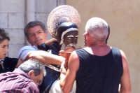 Agrigento - 8 luglio 2007 Festa di San Calogero eremita compatrono della città, dopo l'uscita i devoti baciano il simulacro del Santo.  - Agrigento (1495 clic)