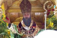 Misterbianco 5 agosto 2007 - Festa Grande del Patrono Sant'Antonio Abate, particolare dell'artistico simulacro ligneo del Santo.  - Misterbianco (2028 clic)
