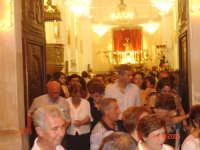 Catenanuova, folla di gente, all'uscita della Madonna delle Grazie compatrona della Città, penultima domenica di settembre 2005. (Foto concessa da Carmelo Di Marco).  - Catenanuova (2665 clic)