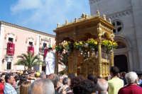 Misterbianco 5 agosto 2007 - Festa Grande del Patrono Sant'Antonio Abate, dopo i fuochi inizia la processione.  - Misterbianco (1537 clic)