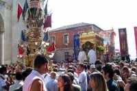 Misterbianco 5 agosto 2007 - Festa Grande del Patrono Sant'Antonio Abate, si assiste al grandioso spettacolo pirotecnico dell'uscita.  - Misterbianco (2032 clic)
