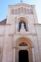 Misterbianco 5 agosto 2007 - Festa Grande del Patrono Sant'Antonio Abate, la Chiesa Madre da dove uscirà il Santo.  - Misterbianco (2763 clic)