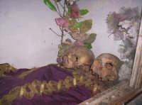 Santuario di Monte Scalpello, i CORPORA SANCTA i resti di Frà Mariano e Frà Matteo Rotolo, vissuti da eremiti intorno al 1500, (festa prima domenica di maggio e ottobre).   - Catenanuova (2732 clic)