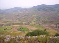Veduta area della zona sud di Monte Scalpello.   - Catenanuova (5075 clic)