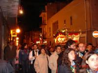 Catenanuova, Venerdì Santo 2005: solenne processione del Cristo morto e dell'Addolorata. (Foto concessa da Carmelo Di Marco).   - Catenanuova (4022 clic)
