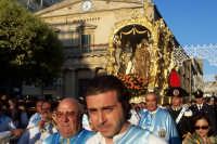 2 luglio, festa di Maria SS. della Visitazione Patrona di Enna, la nave d'oro in via Roma.  - Enna (4056 clic)
