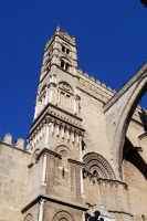 Palermo 14 luglio 2007 - 383° Festino di Santa Rosalia Patrona della Città, esterno della maestosa ed artistica Cattedrale.  - Palermo (2210 clic)