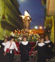 Catenanuova, Festeggiamenti in onore di S. Rita, 22 maggio 2005, per le vie del paese.  - Catenanuova (4648 clic)