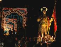Domenica 30 settembre 2007 - la Festa di San Prospero martire Patrono di Catenanuova, momenti dell'annuale processione dell'ultima domenica di settembre. (Foto concessa dal carissimo Riccardo Spoto)  - Catenanuova (1581 clic)