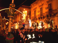 Siracusa, festa della Patrona Santa Lucia, il ritorno in Cattedrale all'ottava il 20 dicembre.  - Siracusa (3815 clic)