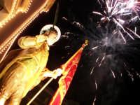 Domenica 30 settembre 2007 - la Festa di San Prospero martire Patrono di Catenanuova, la trionfale uscita dalla Chiesa Madre. (Foto concessa dal carissimo Riccardo Spoto)  - Catenanuova (1645 clic)