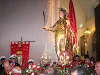 Domenica 30 settembre 2007 - la Festa di San Prospero martire Patrono di Catenanuova, la trionfale uscita dalla Chiesa Madre. (Foto concessa dal carissimo Riccardo Spoto)  - Catenanuova (1914 clic)