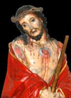 Catenanuova, Venerdì delle Palme - particolare dell'Ecce Homo (artistico simulacro di autore ignoto del 1840), in processione.  - Catenanuova (1674 clic)