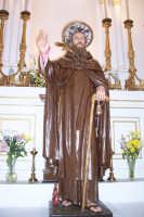 Troina 15 luglio 2007 - Festa di Sant'Antonio Abate, il simulacro ligneo del Santo in Chiesa prima dell'uscita.  - Troina (2787 clic)