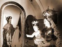 Catenanuova 23 settembre 2007 - Festa di Maria SS. delle Grazie compatrona della città, il rientro in Chiesa Madre, sullo sfondo il Patrono San Prospero martire. (Foto Riccardo Spoto)  - Catenanuova (1773 clic)