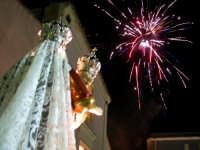 Catenanuova 23 settembre 2007 - Festa di Maria SS. delle Grazie compatrona della città, i fuochi pirotecnici dell'entrata. (Foto Riccardo Spoto)  - Catenanuova (1706 clic)
