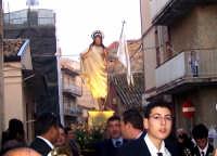 Catenanuova, Domenica di Pasqua - il Cristo risorto verso l'incontro con la Madonna. (Foto concessa dal carissimo Nicolò Fiorenza)  - Catenanuova (1805 clic)