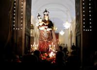 Catenanuova 23 settembre 2007 - Festa di Maria SS. delle Grazie compatrona della città, l'uscita dalla Chiesa Madre. (Foto Riccardo Spoto)  - Catenanuova (1748 clic)