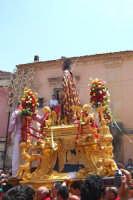 Palazzolo Acreide (SR) - 29 giugno 2007 festa di San Paolo Apostolo Patrono della Città, particolare dell'artistica vara lignea col Santo.  - Palazzolo acreide (1645 clic)