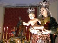 Catenanuova 23 settembre 2007 - Festa di Maria SS. delle Grazie compatrona della città, in Chiesa Madre prima dell'uscita. (Foto Riccardo Spoto)  - Catenanuova (1870 clic)