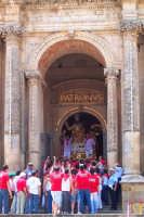 Palazzolo Acreide (SR) - 29 giugno 2007 festa di San Paolo Apostolo Patrono della Città, la sciuta, un famoso detto dice: Quannu nesci San Paulu cu dda spata, trema Buscema, Cassaru e Palazzolu.  - Palazzolo acreide (1767 clic)