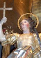 Regalbuto 11 agosto 2007 - Festa del Patrono San Vito martire, particolare del glorioso simulacro ligneo del Patrono.  - Regalbuto (3285 clic)