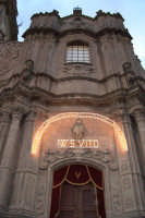 Regalbuto 11 agosto 2007 - Festa del Patrono San Vito martire, particolare della Chiesa Madre San Basilio.  - Regalbuto (5748 clic)