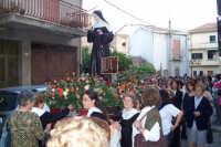 Catenanuova (EN), 22 maggio 2007 - Festa di Santa Rita da Cascia, la processione in via Roma.  - Catenanuova (1642 clic)
